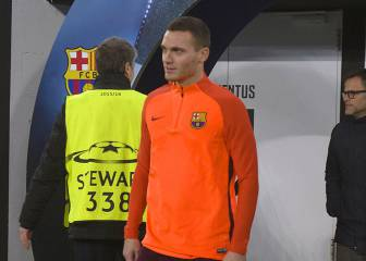 Vermaelen gets his chance in key top-of-the-table clash