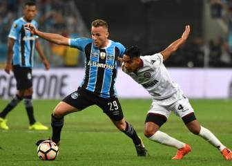 Barça take a closer look at Grêmio's Arthur in Buenos Aires