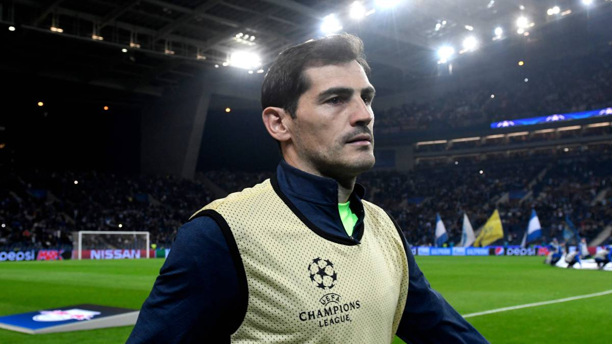 Casillas chooses 5 figures with biggest influence on early career
