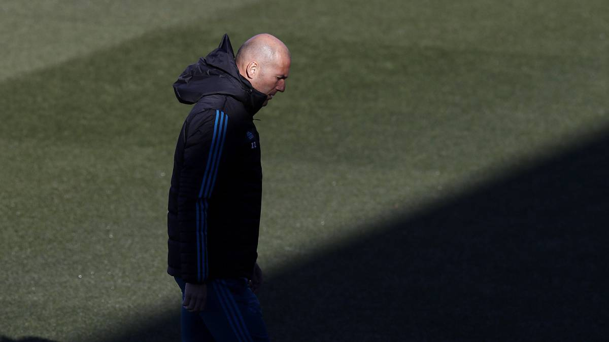 Real Madrid defensive crisis: Zidane's options against Sevilla