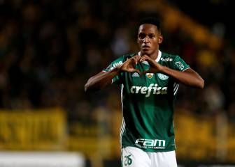 Yerri Mina set to join Barcelona