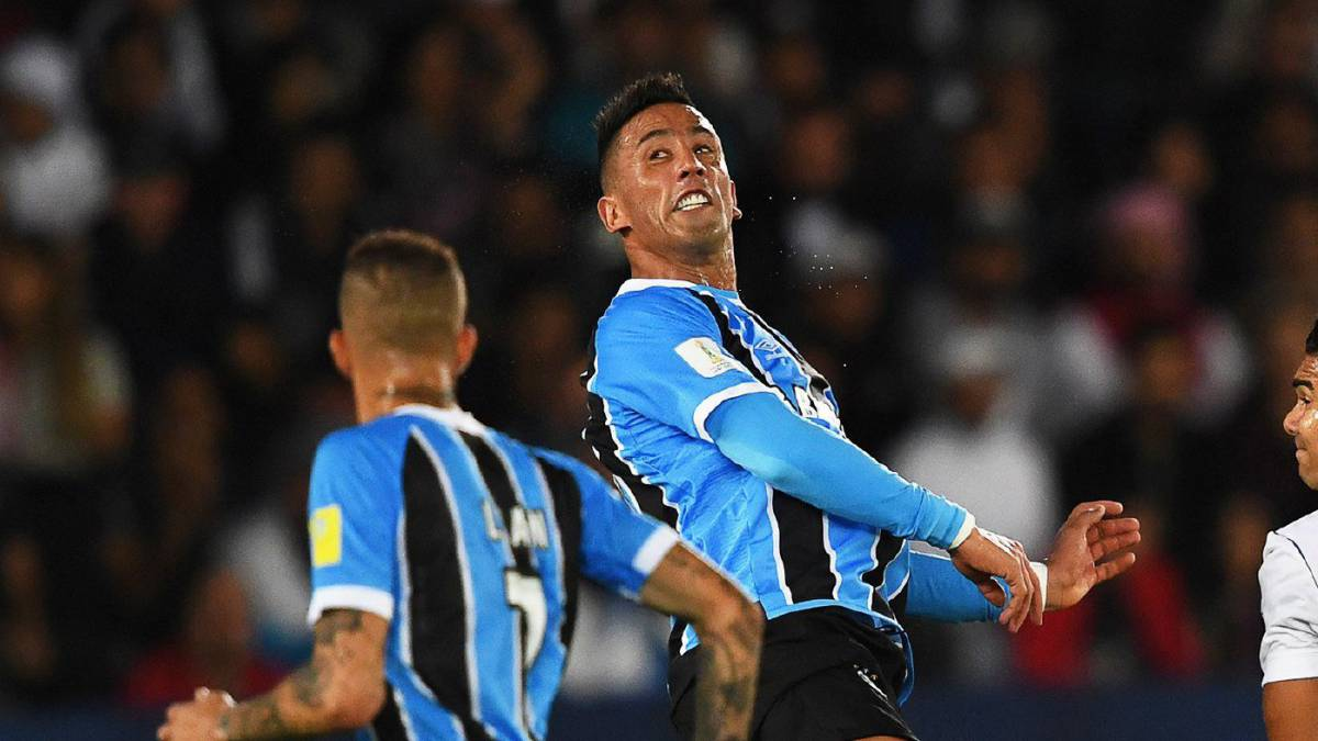 Lucas Barrios has played his last game for Gremio