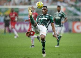 Yerry Mina set for return to training with Palmeiras with Barcelona move in the air