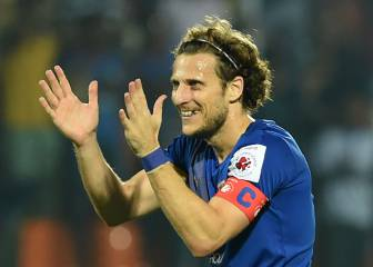 Diego Forlán signs for Hong Kong side Kitchee SC