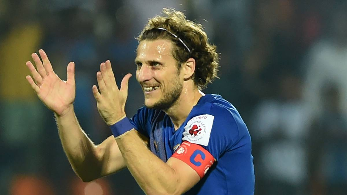 Diego Forlán signs for Hong Kong Premier League side Kitchee SC