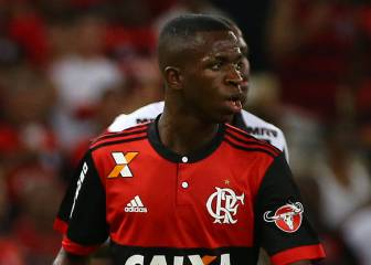 Flamengo fans leave Vinicius Jr out of their preferred XI