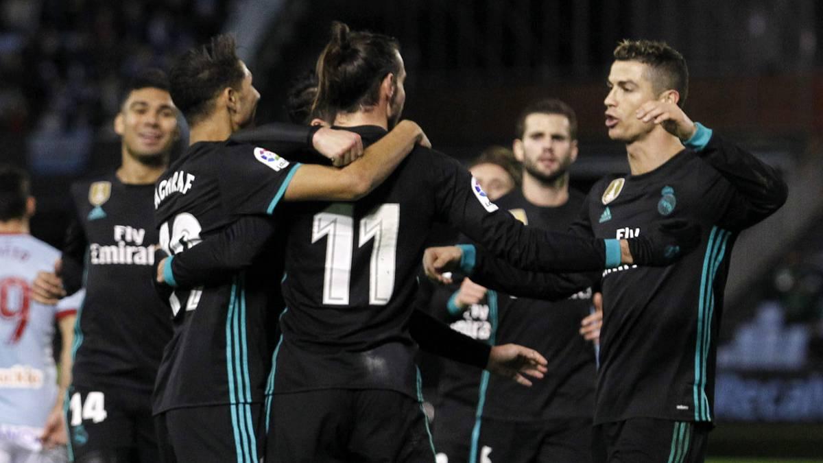 لاعبي ريال مدريد يحتفلون بأحد الأهداف ضد سيلتا دي فيغو.