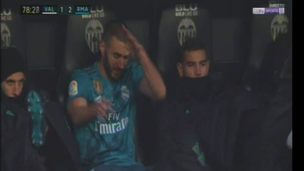Real Madrid's Benzema angry after being substituted by Zidane
