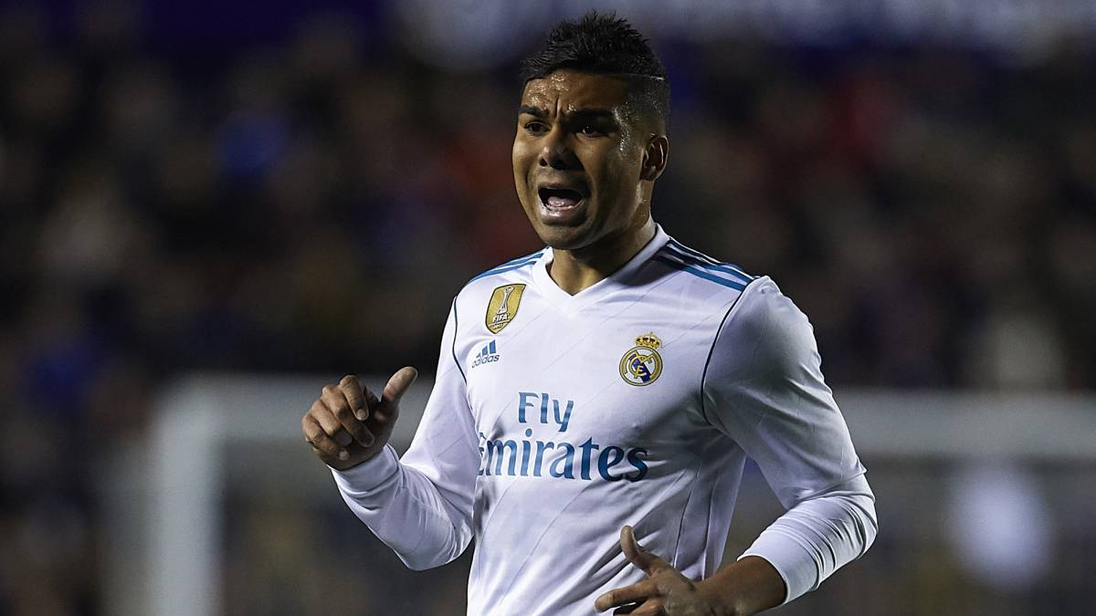 Casemiro: 'We can't make errors like this at the back against PSG'