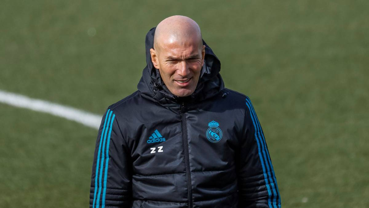 Zidane calls up entire Real squad for crucial PSG first leg