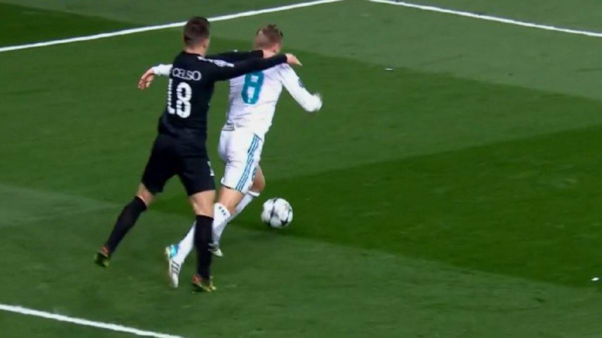 "Iturralde: ""It's not a penalty against Kroos"""