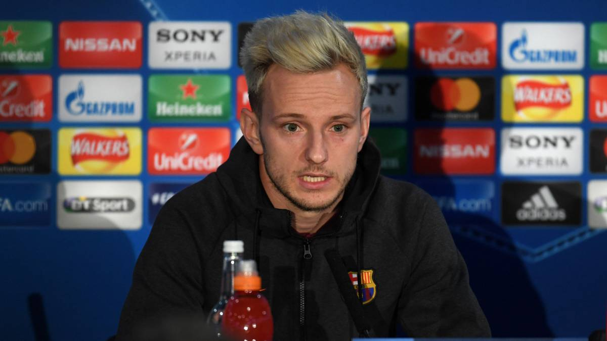 "Messi working out ""more than ever"" in the gym, says Rakitic"
