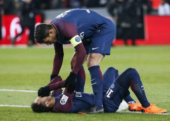 Neymar's father confirms the striker will undergo surgery