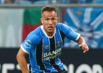 UOL: Grêmio officials due in Barcelona to close Arthur deal