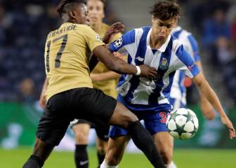 Sevilla eyeing up a move for Porto midfielder Óliver Torres