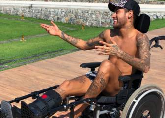 Neymar Jr pays homage to the late Stephen Hawking