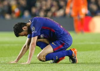Sergio Busquets out for three weeks with fractured toe