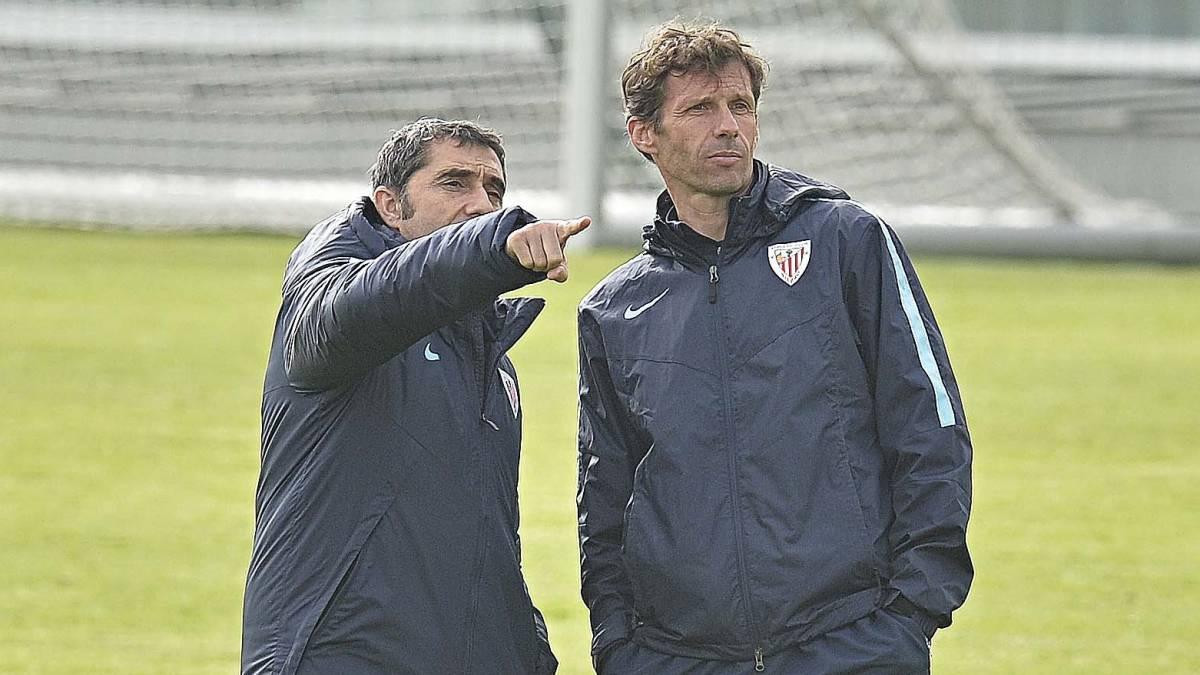 Valverde y Ziganda, durante su etapa como entrenadores en Lezama.