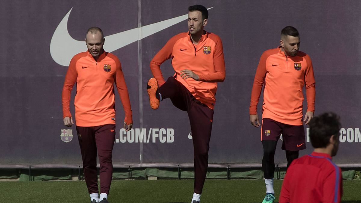 Busquets to take pain-killing injections for Roma game