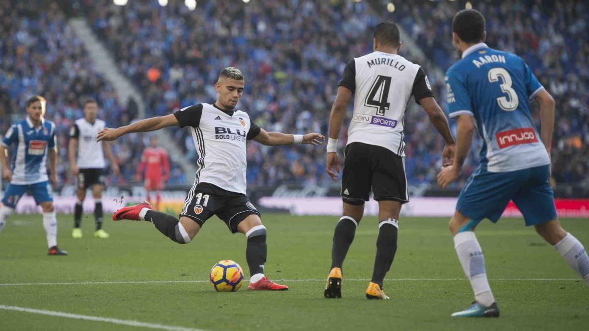 El Valencia se citó con el agente de Andreas Pereira