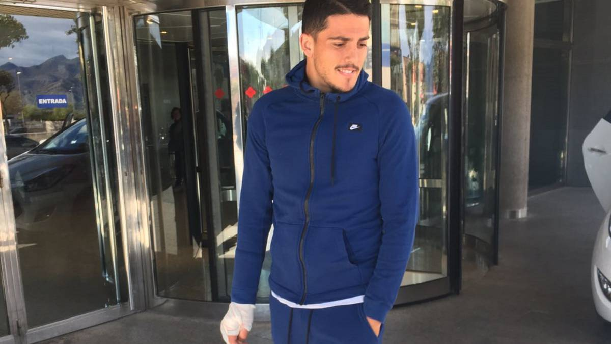 Villarreal's Fornals gets the all-clear after collapsing on pitch