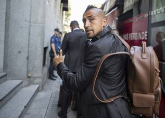 Bayern's Vidal to have surgery, set to miss Real Madrid tie