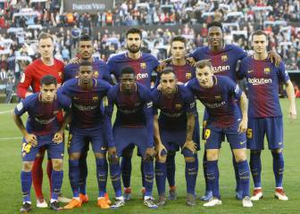 La Masia vanishing from the Barcelona team photo