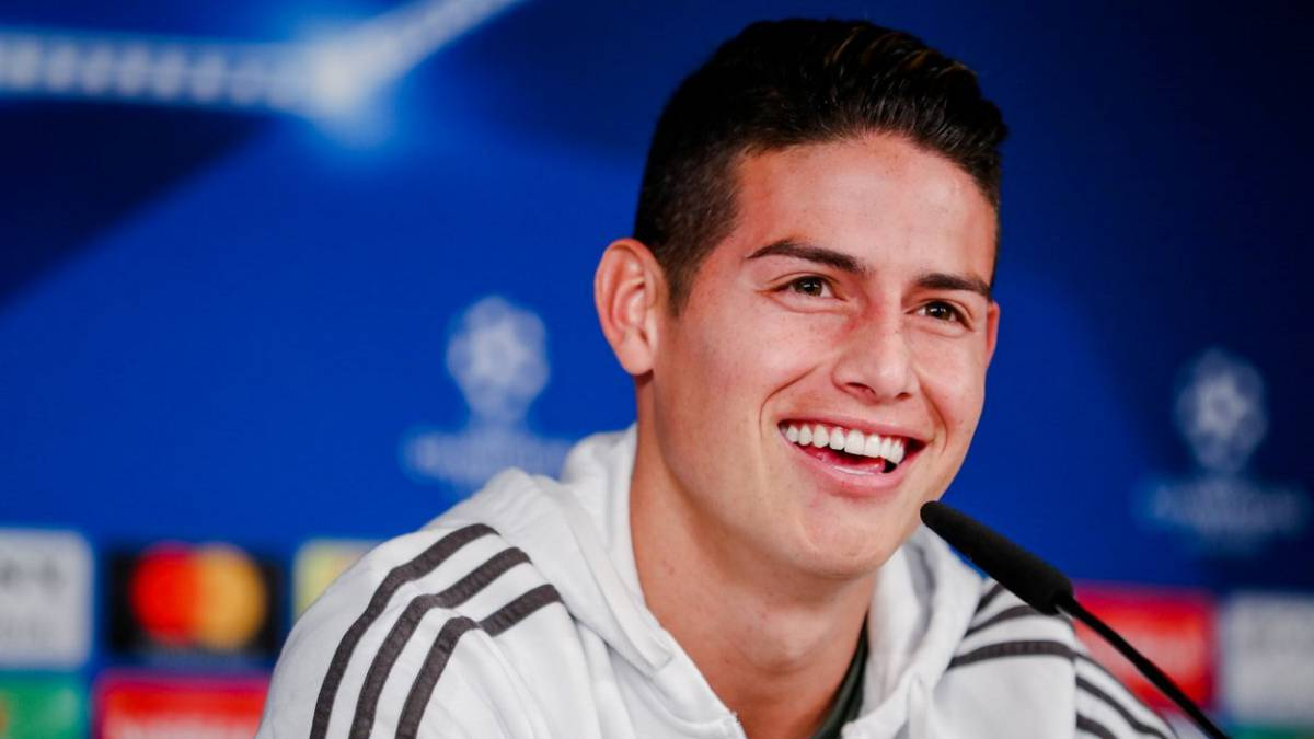 James en rueda de prensa.