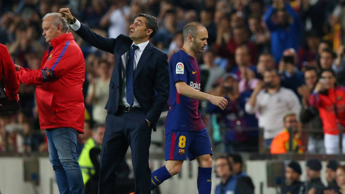 "Valverde: ""There's nobody like Iniesta. Well, Messi, but that's it"""