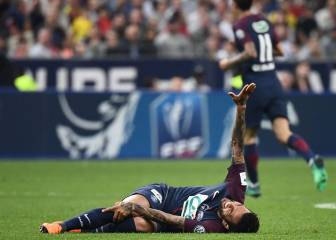 Dani Alves ruled out of the World Cup with a knee injury