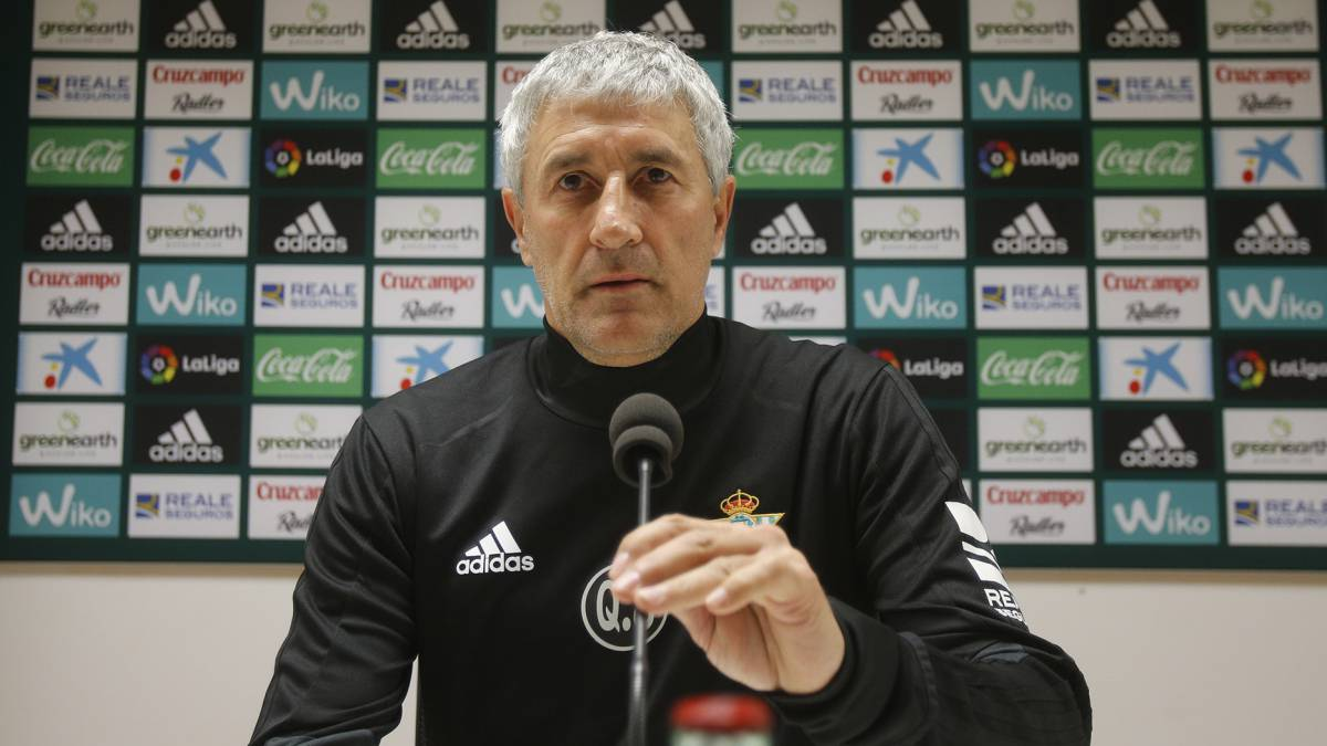 "Setien: ""I'm not interested in what Caparrós says before the derby"""