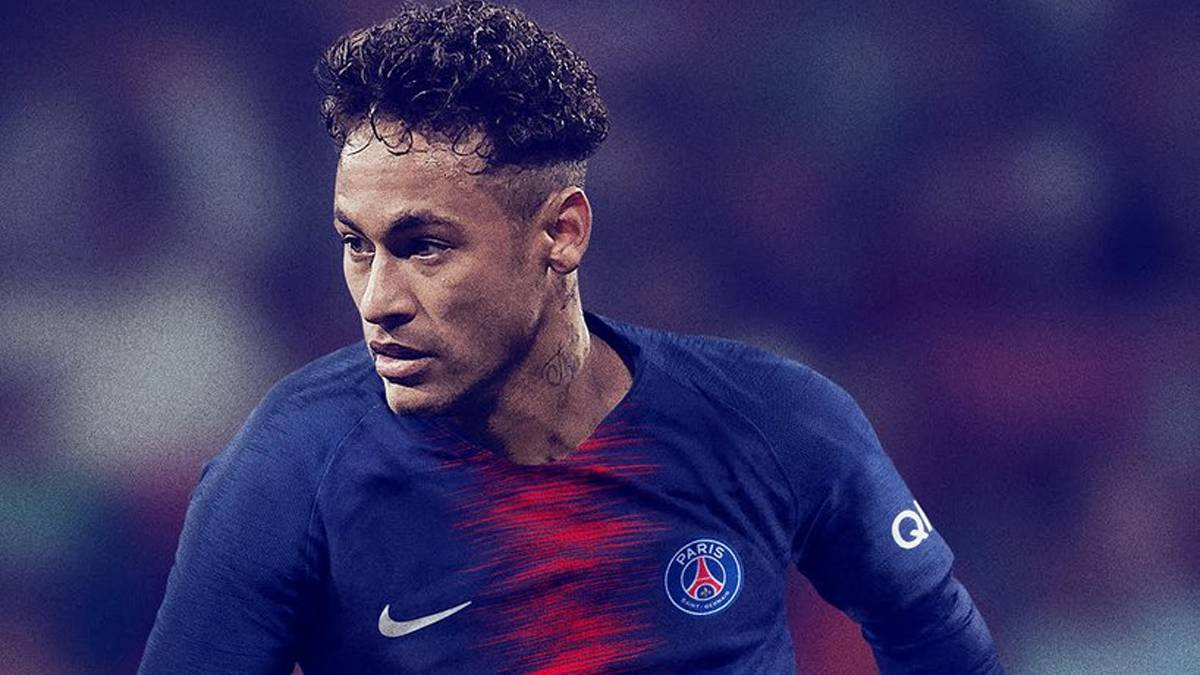 "Neymar tells PSG he's ""proud to continue giving you joy"""