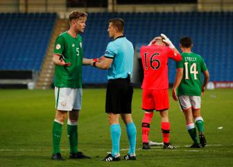 Keeper sees red after shoot-out save as Ireland crash out