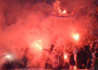 Marseille supporters light up Lyon with pyro show