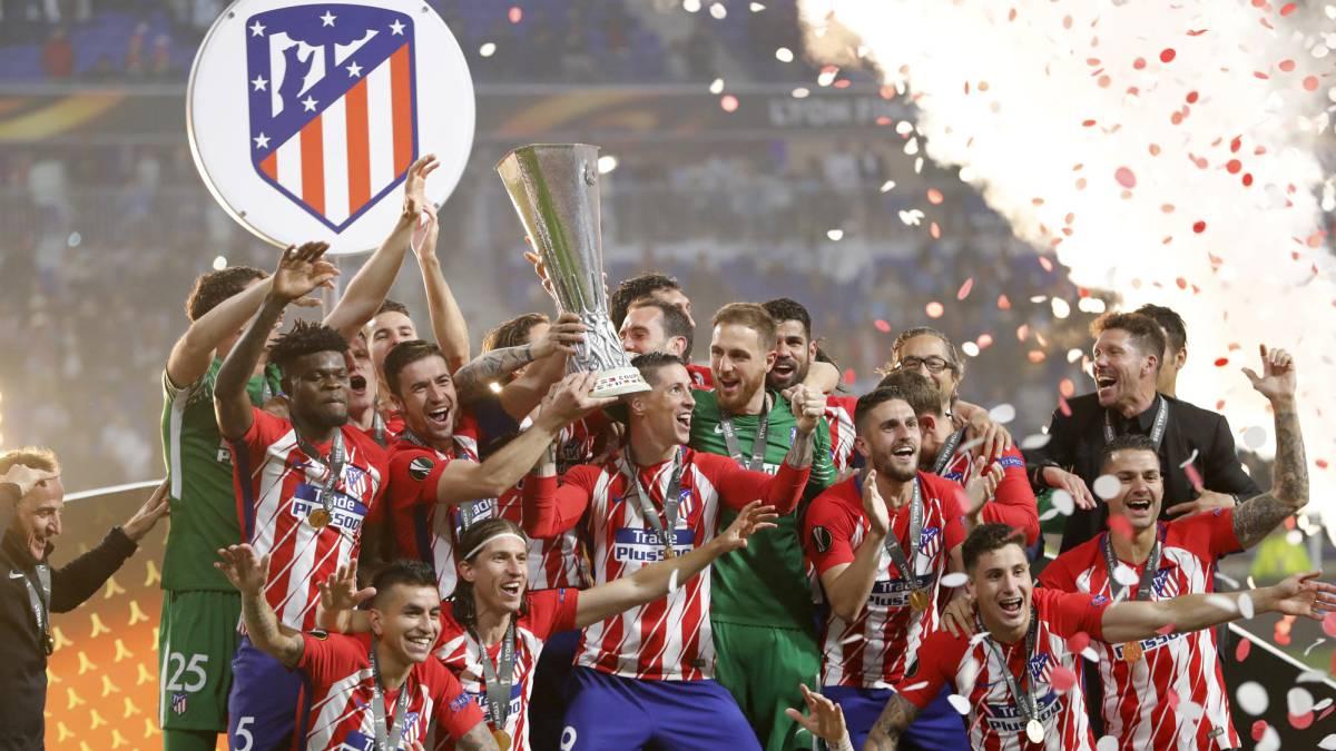 Atlético campeón  celebración de la 3ª Europa League b65ac35f20521