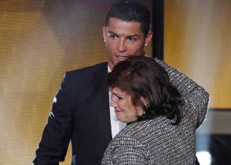 Ronaldo's mother would prefer he move to Manchester instead of PSG