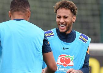 Real Madrid send scout to take notes on Neymar at Anfield