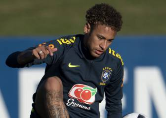 Neymar wants Madrid move, but won't fight PSG for it now