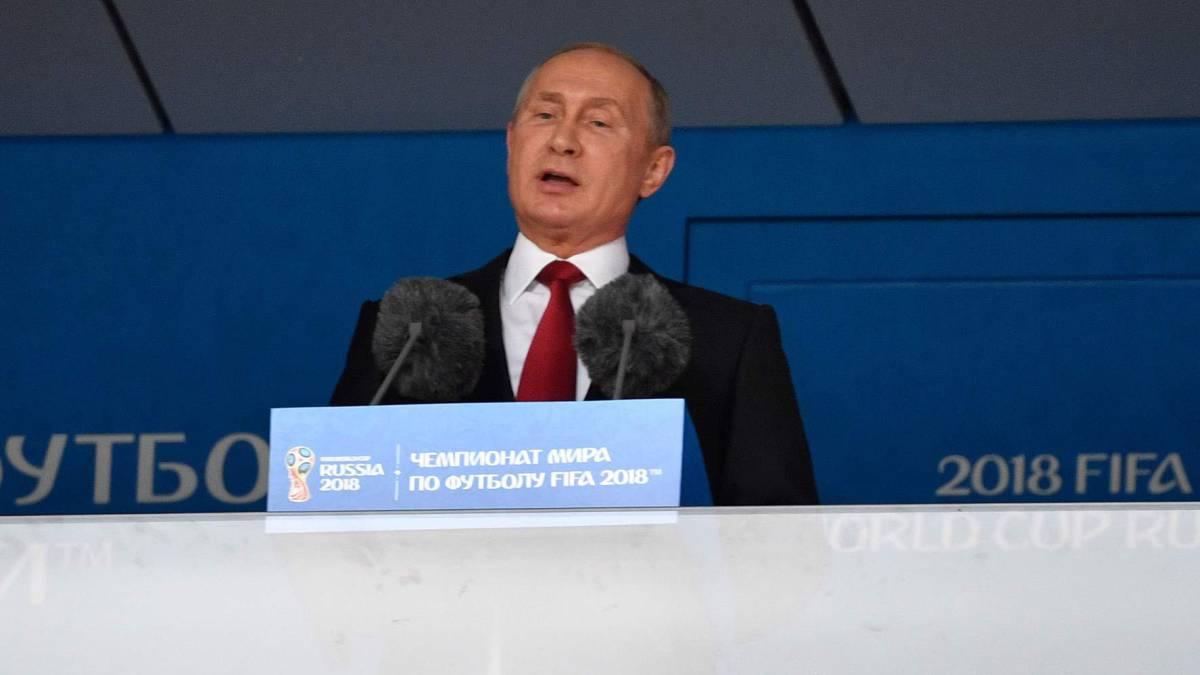 Putin, Evo Morales, Kim Yong-Nam y el príncipe saudí en un palco muy político.