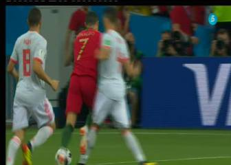 AS resident ref says no Cristiano Ronaldo penalty
