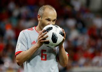 Spain planning autumn Iniesta tribute match against Brazil