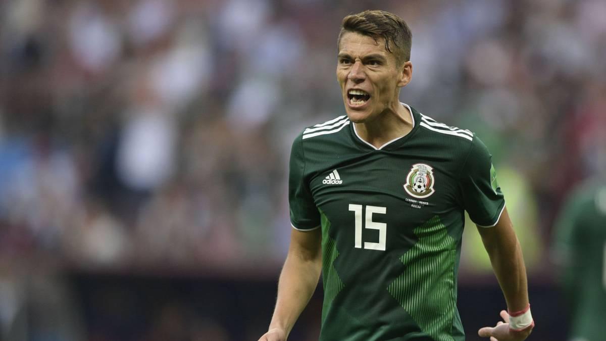 2-Hector Moreno. México 1