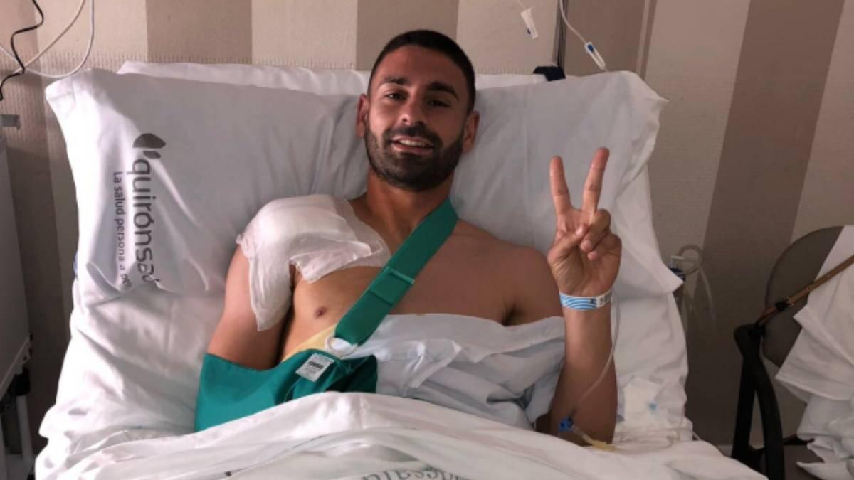 Kike Márquez ha sido operado de una luxación de clavícula