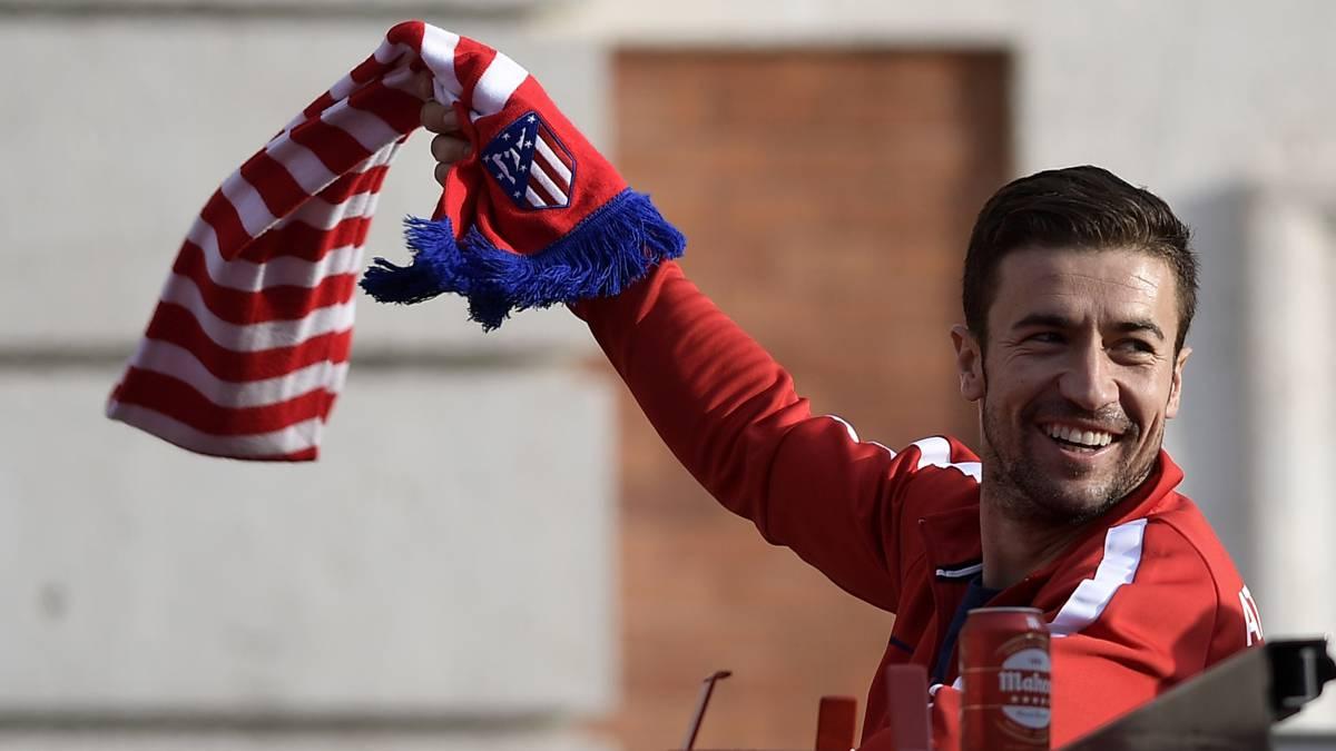 Gabi celebra la Europa League ganada por el Atlético por las calles de Madrid