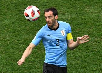 Juve eyeing Godín and Bernat as attention turns to defence