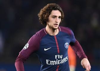 Barcelona close in on PSG midfielder Adrien Rabiot