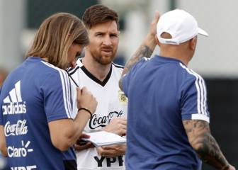 Two incidents shed light on Messi influence in Argentina camp