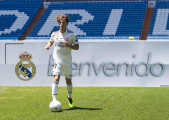 Real Madrid unveil Odriozola