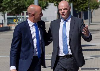 Infantino defiende a Rubiales: