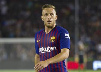 A country boy with no tattoos: Arthur is a rarity in modern football